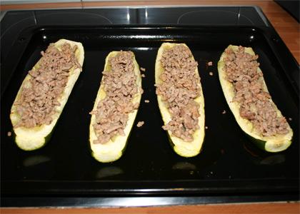 Calabacines rellenos de carne picada - paso 5