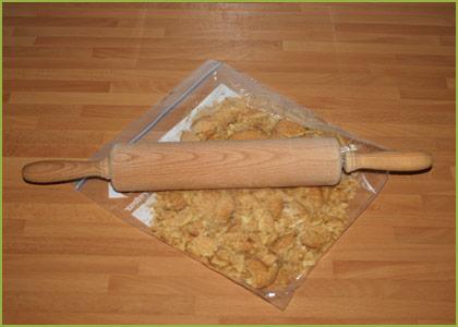 Trituramos las galletas para hacer tarta de queso