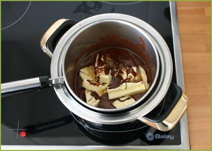 Derretimos el chocolate y la mantequilla