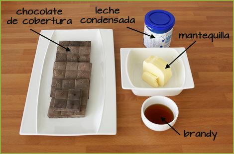 Ingredientes para hacer trufas de chocolate negro