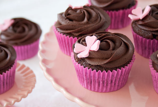 Receta para hacer cupcakes de chocolate negro