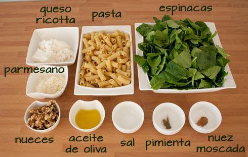 Ingredientes para hacer la receta de pasta con espinacas y queso ricotta