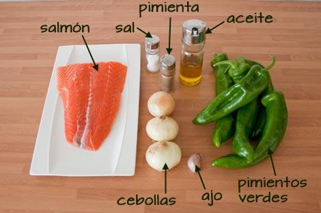 Ingredientes para hacer el salmón al horno con pimientos fácil