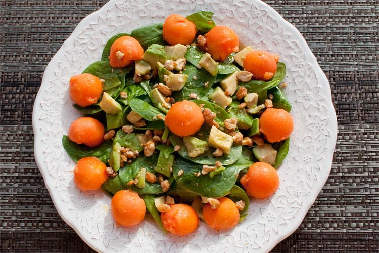 Ensalada de papaya y aguacate, receta fácil