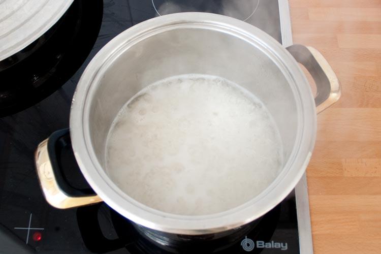 Cocer el arroz basmati en agua