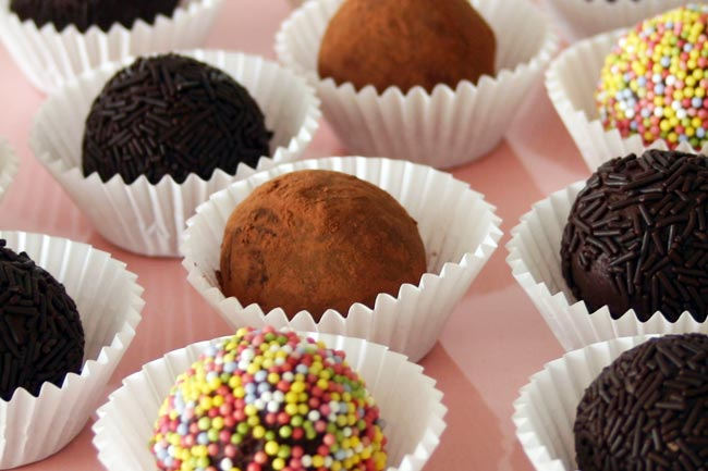 Unos petits fours deliciosos: trufas de chocolate