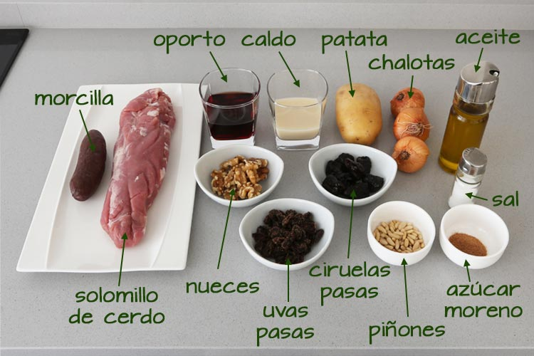 Ingredientes para hacer solomillo de cerdo sobre crema de patata con salsa de frutos secos