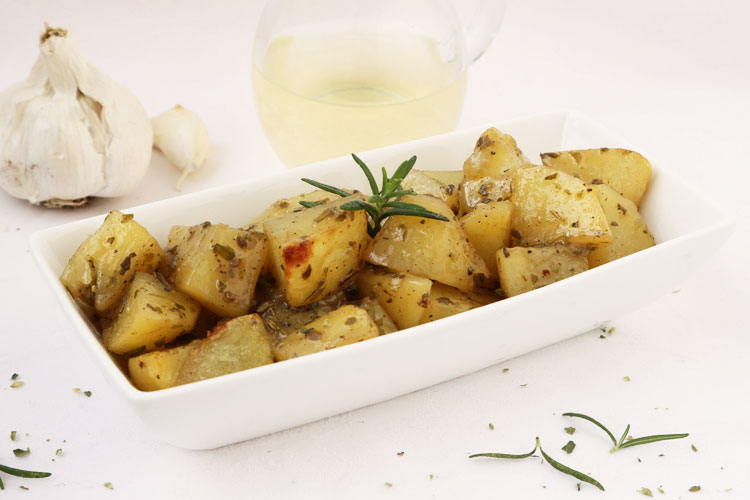 Patatas al horno para guarnición