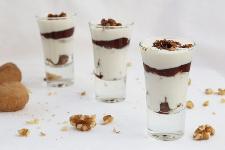 crema de queso de cabra con membrillo y nueces
