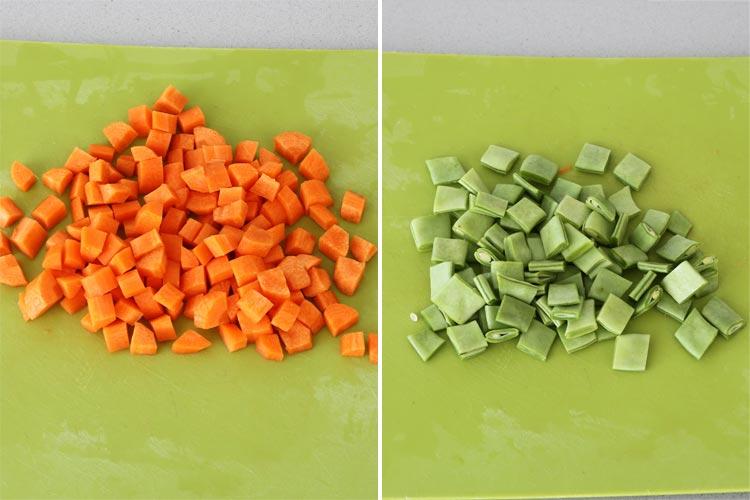 Cortar las zanahorias y las judías verdes