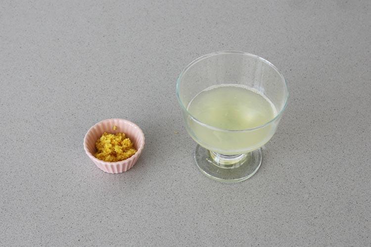 Ralladura y zumo de limón
