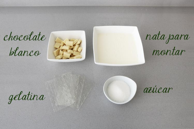 Ingredientes para hacer panna cotta de chocolate blanco