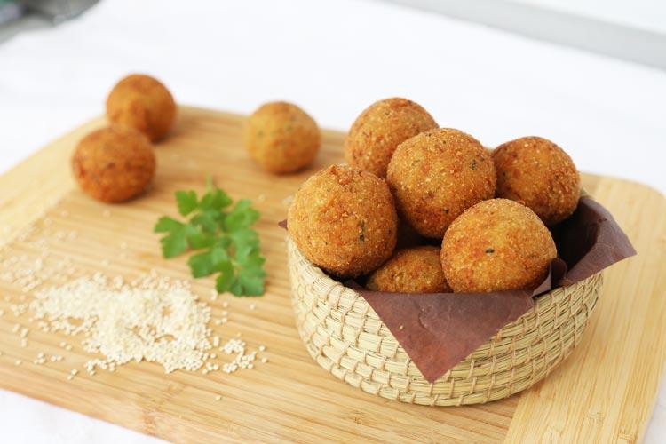 Croquetas de quinoa, calabacín y queso