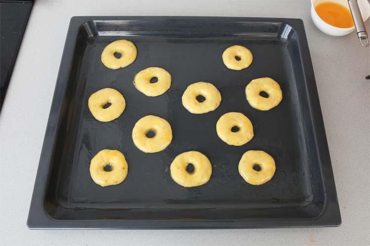 Forma rosquillas de San Isidro