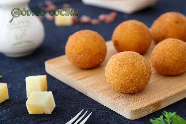 Croquetas de queso curado y jamón