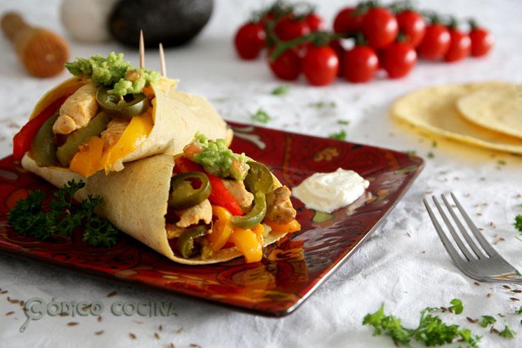Fajitas de pollo y vegetales