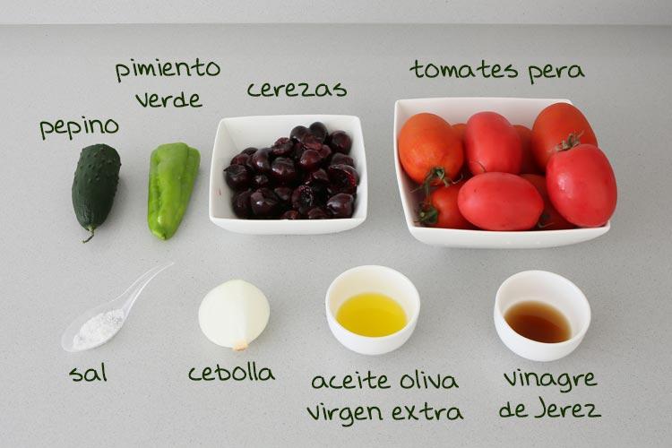Ingredientes para hacer gazpacho de cerezas