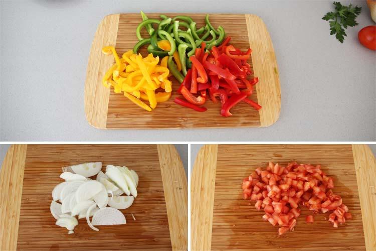 Cortar las verduras de las fajitas
