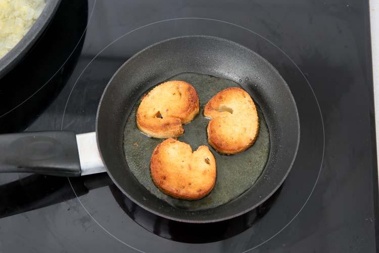 Freír el pan