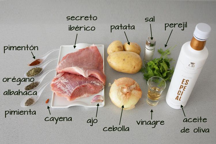 Ingredientes para hacer secreto ibérico con salsa chimichurri