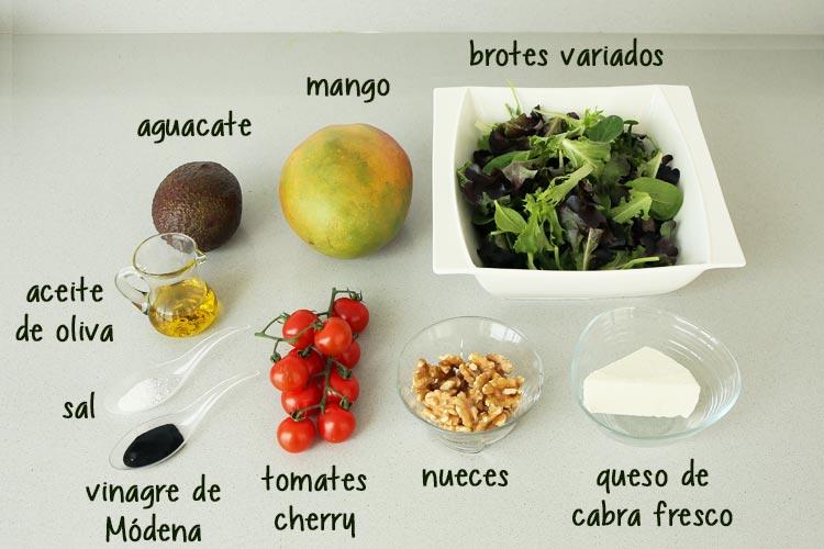 Ingredientes para hacer ensalada de mango y aguacate