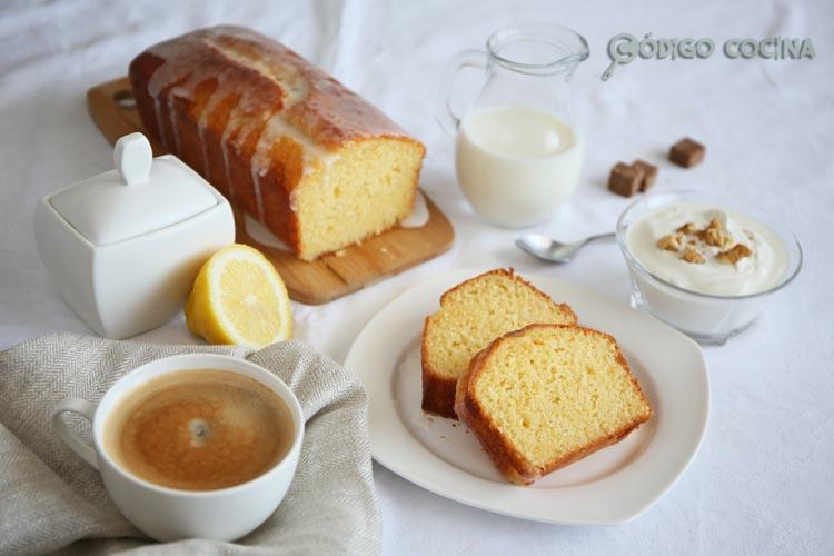 Bizcocho de yogur y limón hecho con Mambo