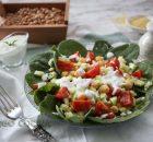 Ensalada de garbanzos, espinacas y cuscús