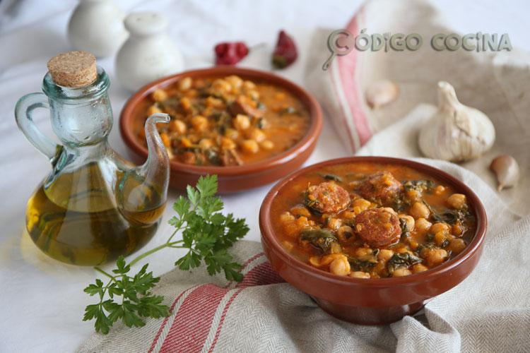 Potaje de garbanzos con chorizo en Mambo