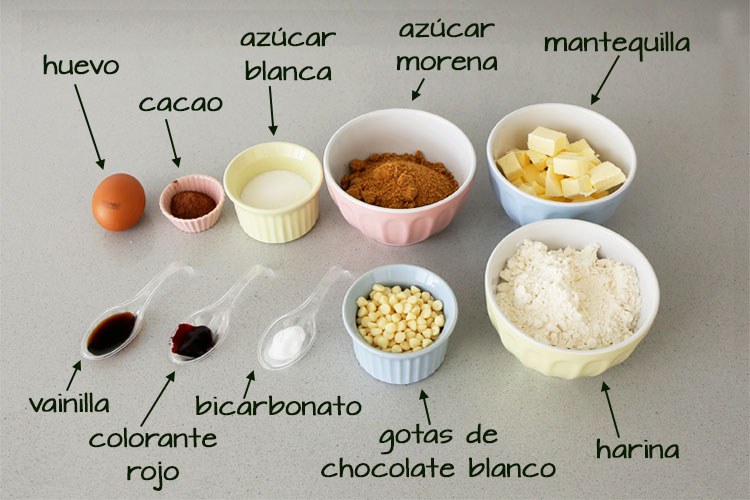 Ingredientes para hacer cookies red velvet