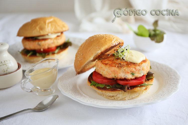 Hamburguesa de salmón, receta fácil