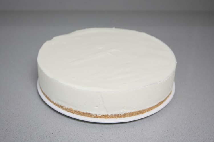 tarta de yogur desmoldada