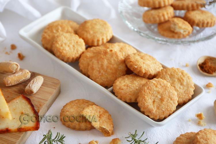 Galletas saladas de queso