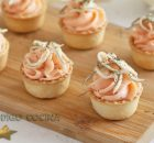 Aperitivo de mousse de salmón con gulas