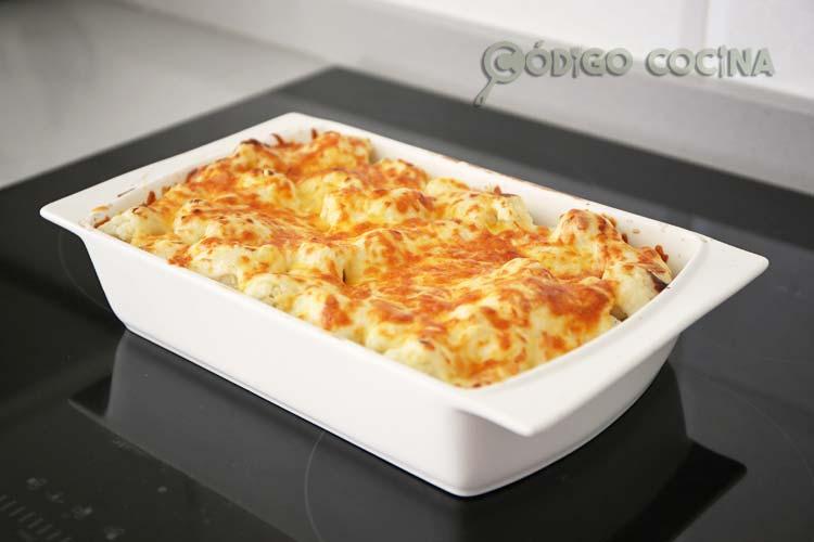 Coliflor gratinada con queso y bechamel