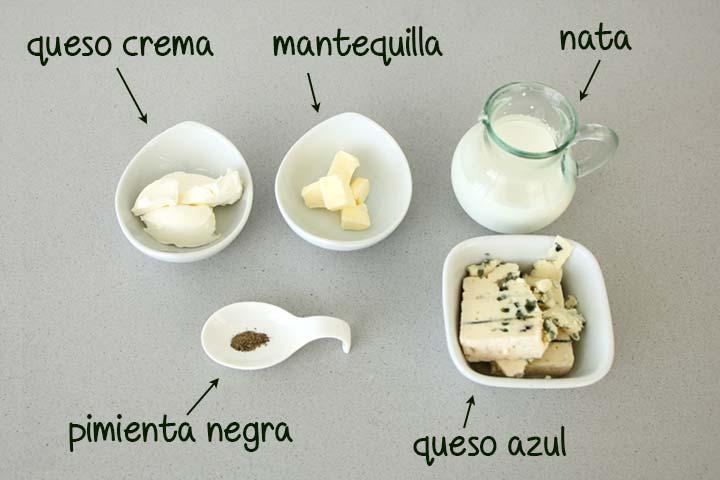 Ingredientes para hacer salsa de queso roquefort casera