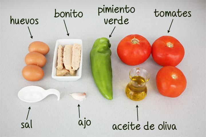 Ingredientes para hacer pipirrana de Jaén