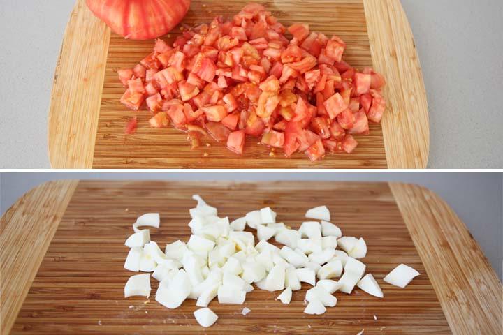 Partir los tomates y las claras de huevo